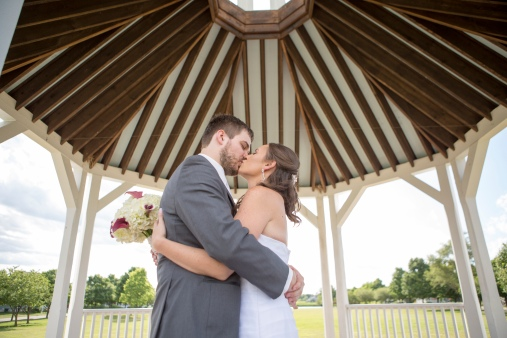2015-8-1 Sarah and Ross Wedding Portraits 200