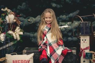2016-12-10 Megan Lynette Portraits-6
